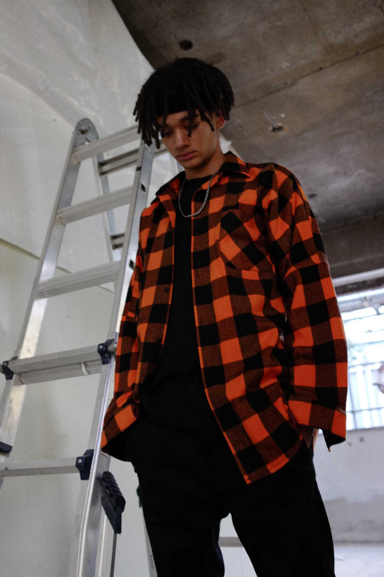 [UNISEX] DIFFERENT LETTERED CHECK HOOD SHIRTS ORANGE