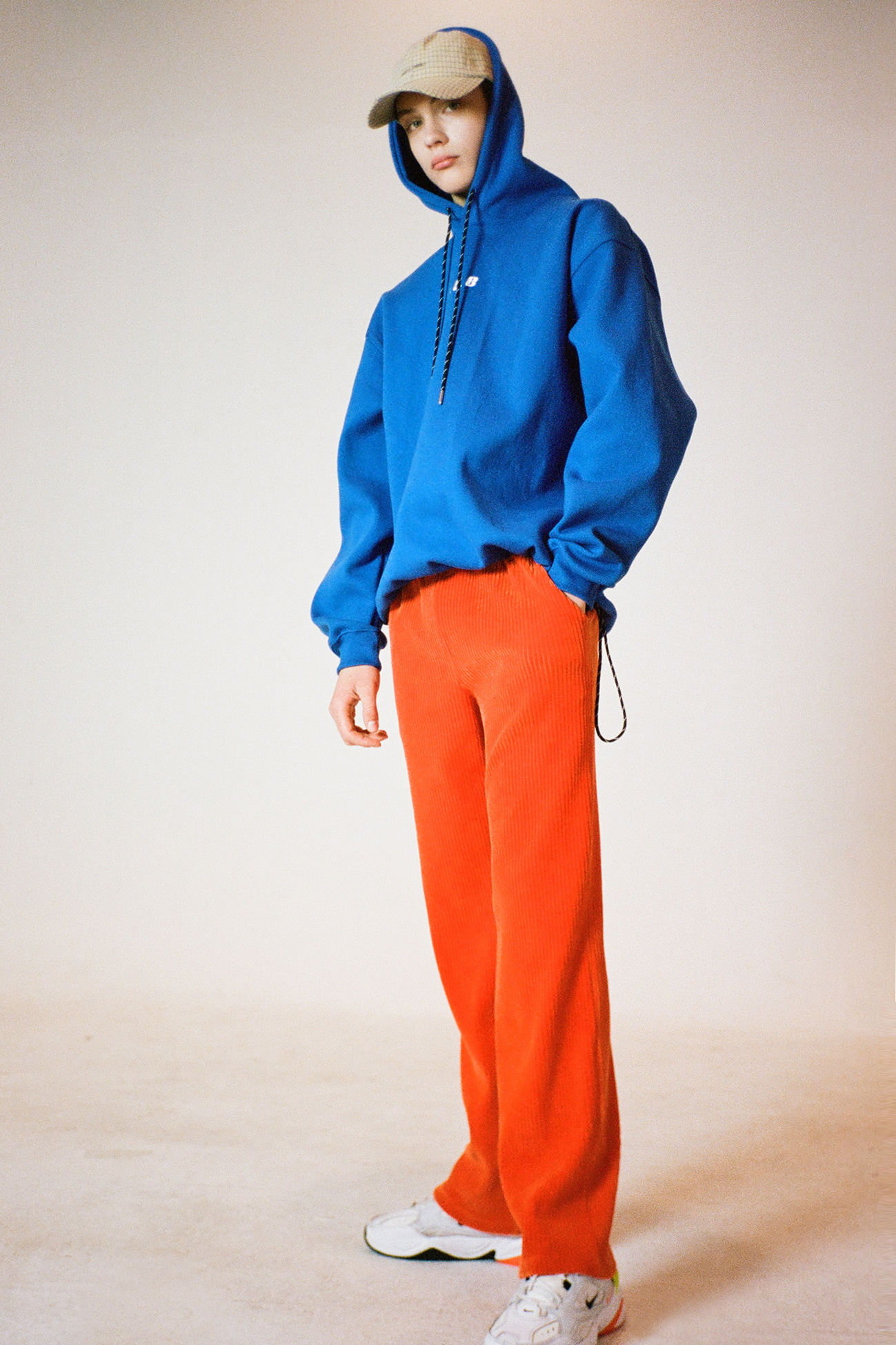 [UNISEX] CORDUROY LOOSE FIT PANTS ORANGE